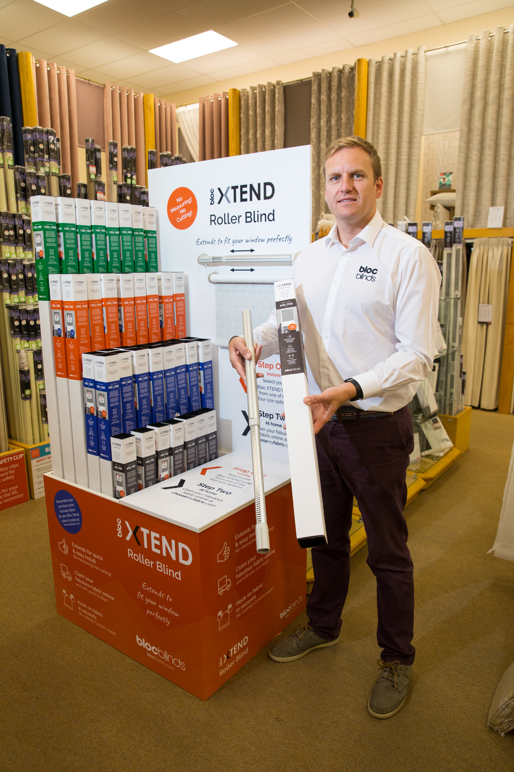 Managing Director Cormac Diamond of Bloc Blinds with Bloc Xtend packed in Jetbox® from Bell Packaging